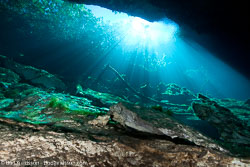 BD-101210-Cenotes-3005-Cavern.jpg